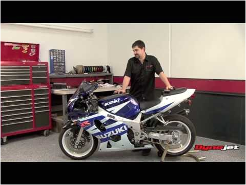 power commander 5 install 01 03 suzuki gsxr 600 02 03 gsxr 750 01 02 gsxr 1000 youtube