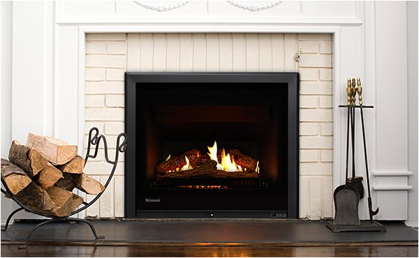 rinnai 750 gas fireplace in a home