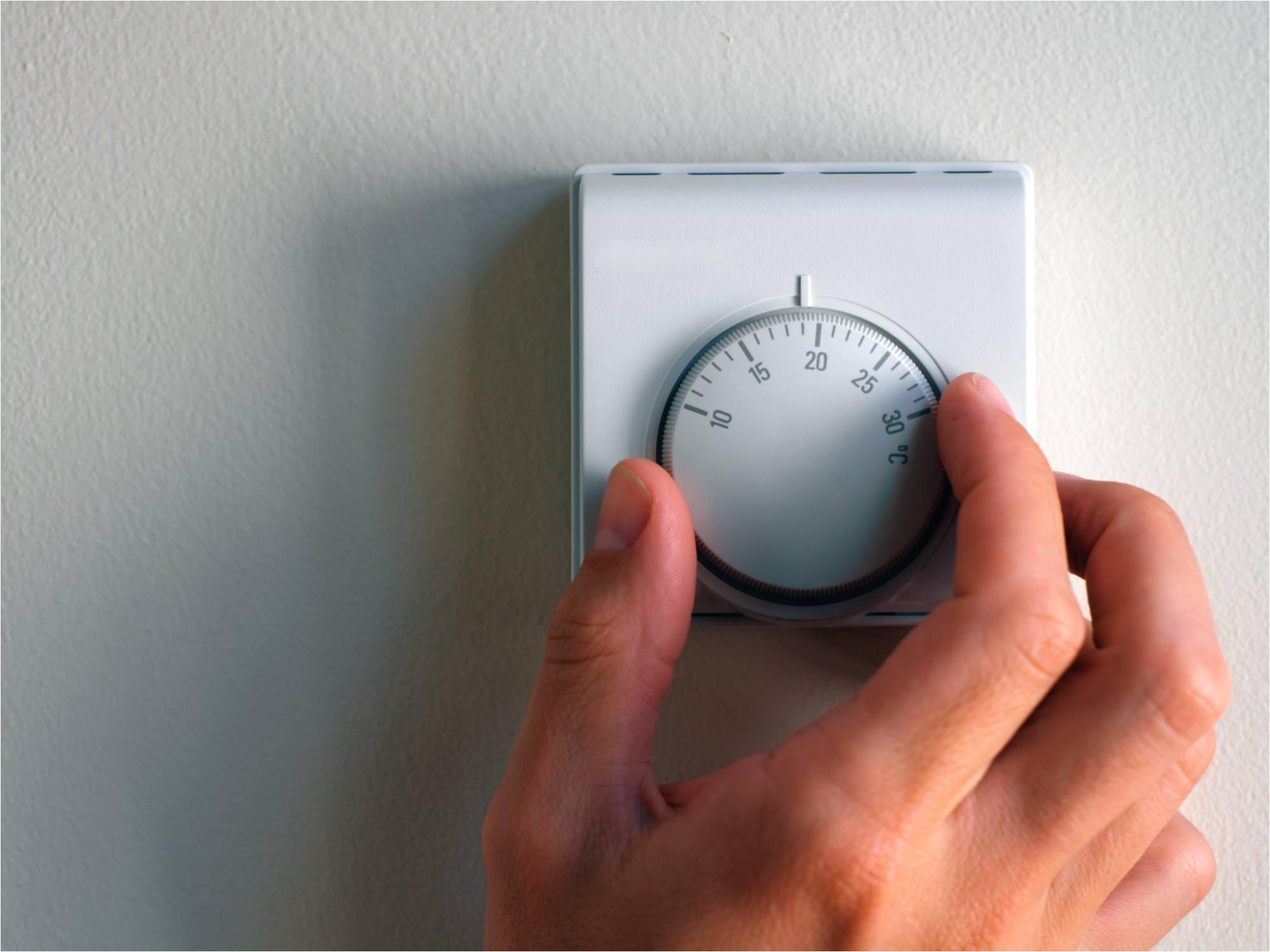 install line voltage thermostat 200143088 001 56a4a0a63df78cf77283516e jpg