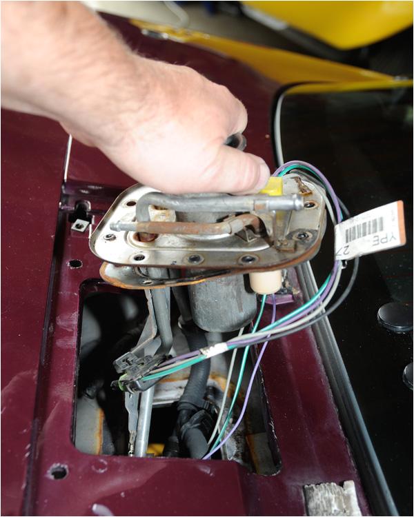 c4 corvette fuel pump sending unit replacement 14 jpg