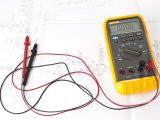 10 Point Meter Pan Wiring Diagram Testing for A Complete Circuit In A Light Bulb Holder